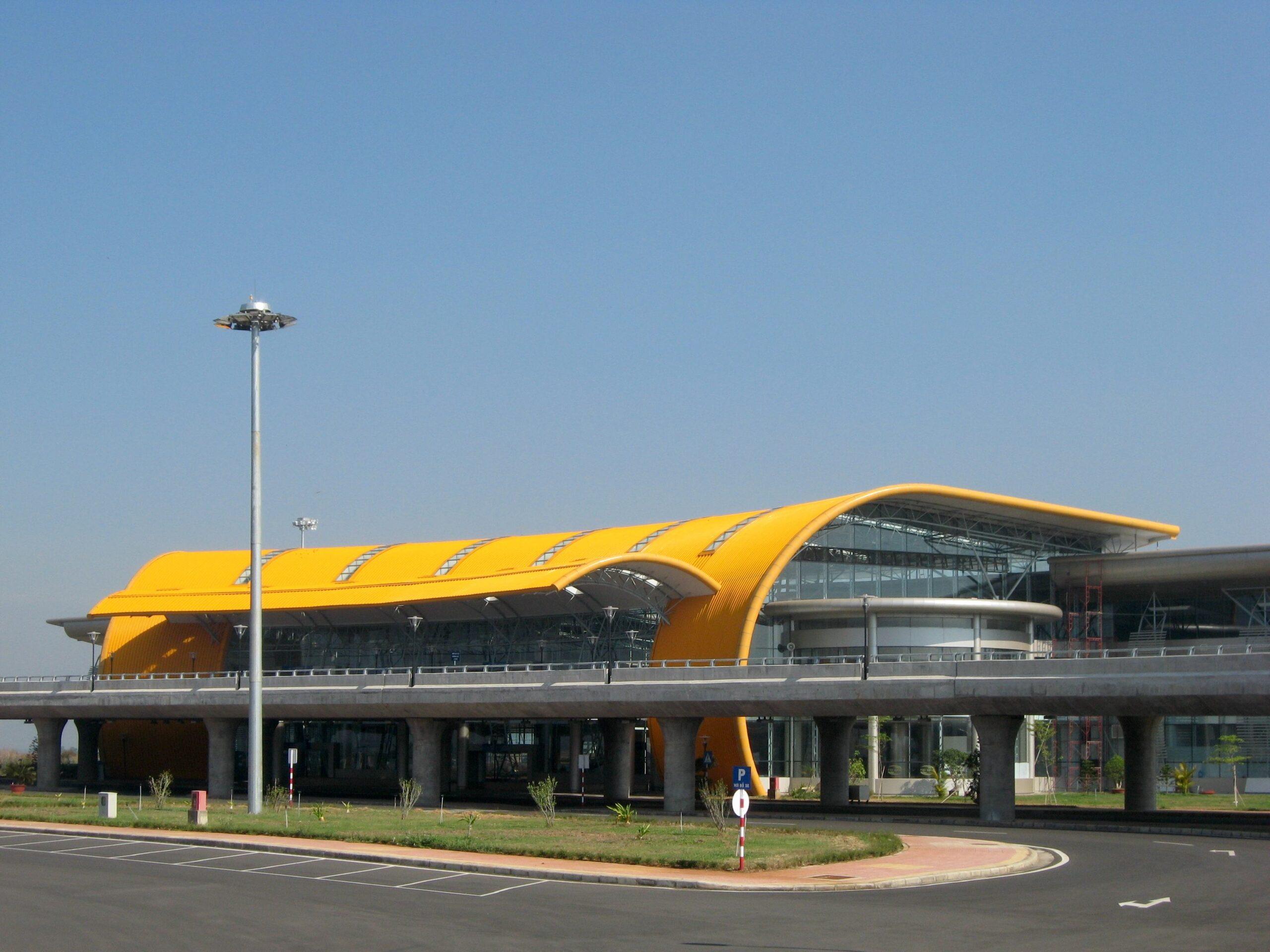 Vietnam Airport – Lien Khuong
